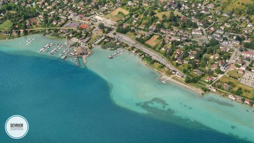 port-plage-sevrier-lac-annecy